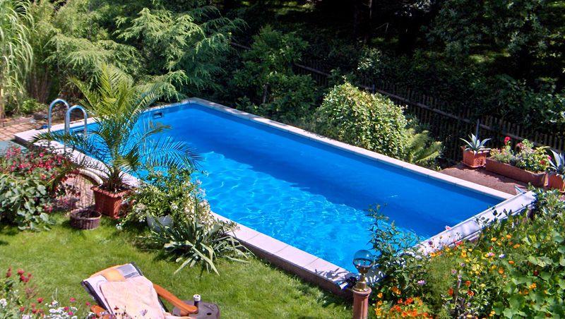 Eigene Arbeiten - Rechteck-Pool aus Styropor-Schalsteinen